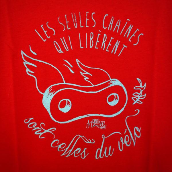 T_SHIRTfemme-modele-rouge-les-seules-chaines